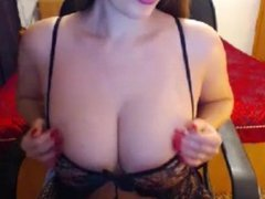 Chubby babe chats sex and show tits free cams