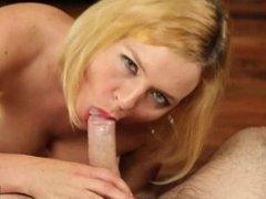 Krissy Lynn enjoys a deep throat action