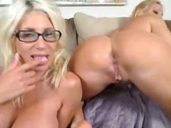 Two Hot Lesbians Liking & Toying Both Holes