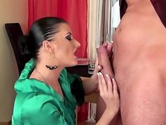 Honey amateur deepthroat