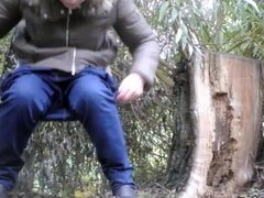 pissing in nature 10223