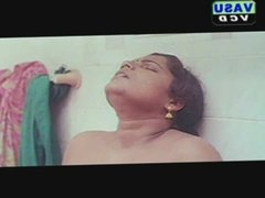 mallu mature aunty romance in bath room