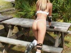 Roller babe (Sandy Summers aka Sandra Larosa)