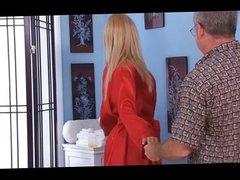 Big tit blonde Lexi Kartel massage