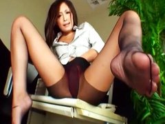 Milf gives stunning hot sex show