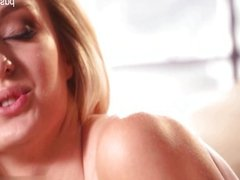Nice shaved pussy squirting