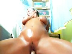 hot girl play with her pussy