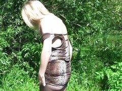 blonde in pantyhose fuck in the park in front