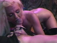 Blond bombshell grabs the dick