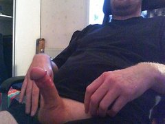 Wanking with big cumload !