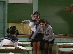 Una profesora y una alumna y media