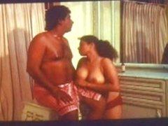 mallu big boob aunty oil massage