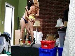 Lesbians Kimberly Kane and Lea Lexis