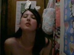 18yo teen showing her body