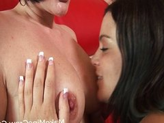 Hot Lesbians Licking Pussy And Tits