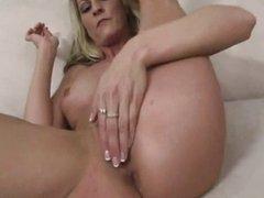 MILF cocksucker makes you cum