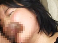 Japanese mature chick has hot sex