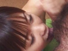 Amateur Japanese teen gives blowjob