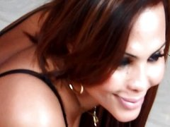 Bianca Petrovicky VIDEO    MAK OFF
