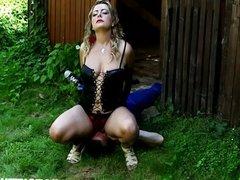 Czech Domme Lenka is perfect in facesitting