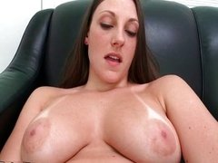 Sexy brunette babe gets horny fucking