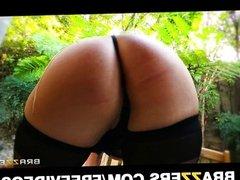 Big-booty blonde Joslyn James has an orgasm