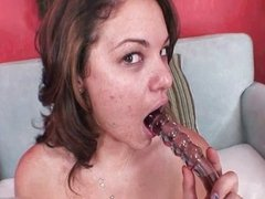 Thick amateur girl loves fucking