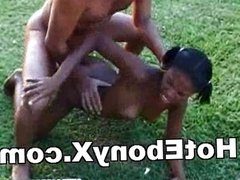 Young Black Babe Exposing Outdoor And Fucked