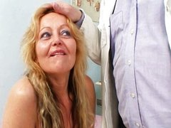 Mature woman Stazka gyno speculum real pussy