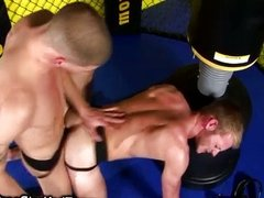 Cockloving jock gets his ass drilled