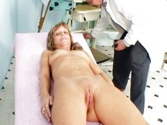 Mature Vladimira and her old pussy