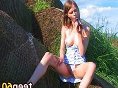 dildoing and fingering outdoor pussy