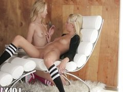 Incredible blonds in the daddys office