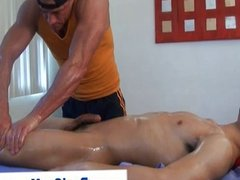 Curious straight guy gets a jerkoff massage