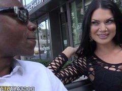Jasmine Jae Wants Be Gang Banged By Black Men