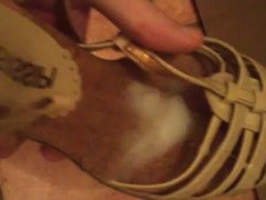 Quick cum in wooden wedge heel shoe