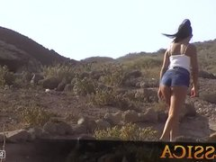 Jessica's coastal walking in tight jean shorts. Awesome butt
