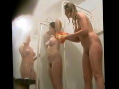 Hidden Shower Girls