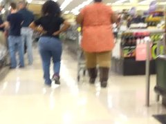 Midget Babe With A Huge Ass!!