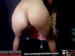 Sexy Young Teen Natalia Masturbates on Cam