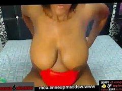 Sexy Teen DulceMature Masturbates on Cam