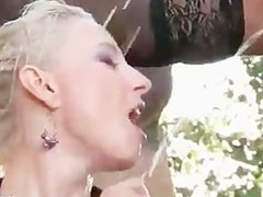 Outdoor pissing threesome