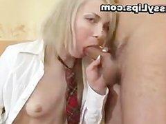 Girl gets her pussy lips swollen part5