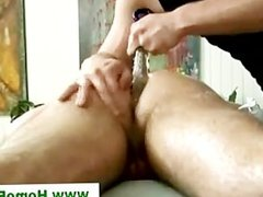 Straight guy massaged by gay masseuse