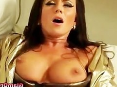 Classy glamour girl pussy licked