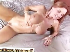 Interracial cougar Janet Mason gets a cumshot