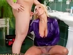 Piss loving slut fuck and blowjob