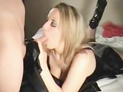 Gorgeous Amateur Girl Doing A Nice Blowjob