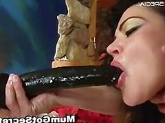 Amazing pierced pussy MILF sucking part2