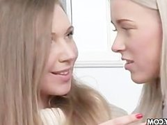 Xmas Helper - Teena and Helen